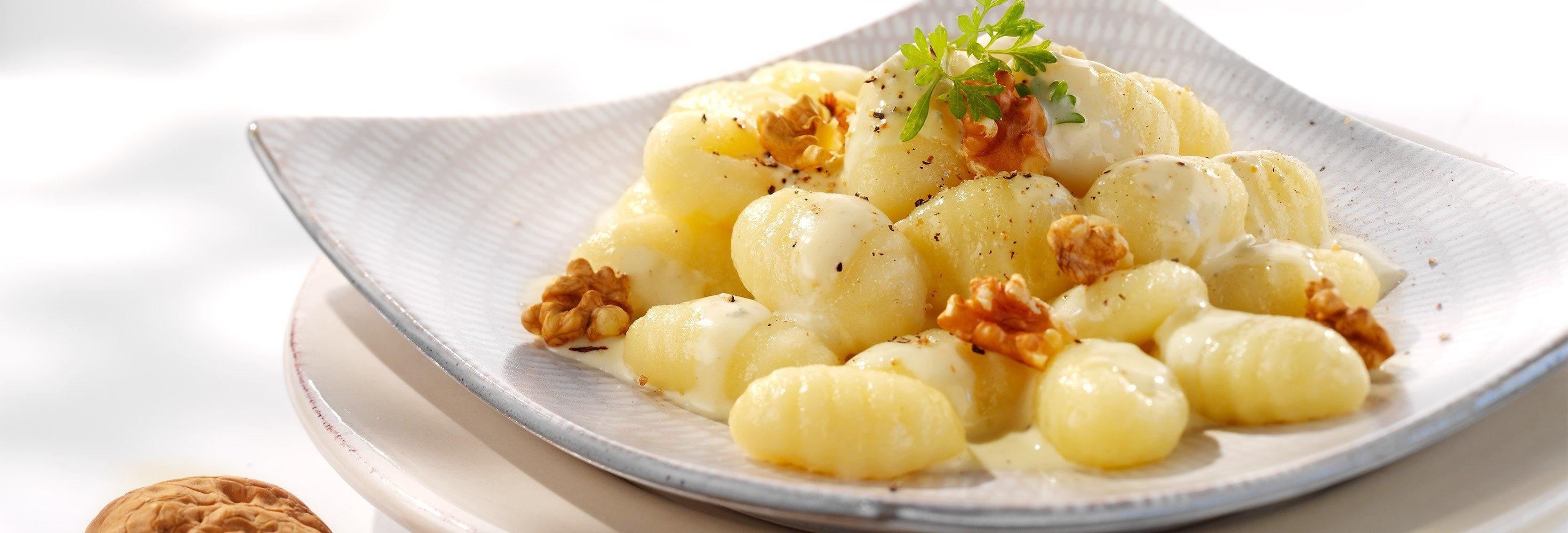 Gnocchi met gorgonzola en noten