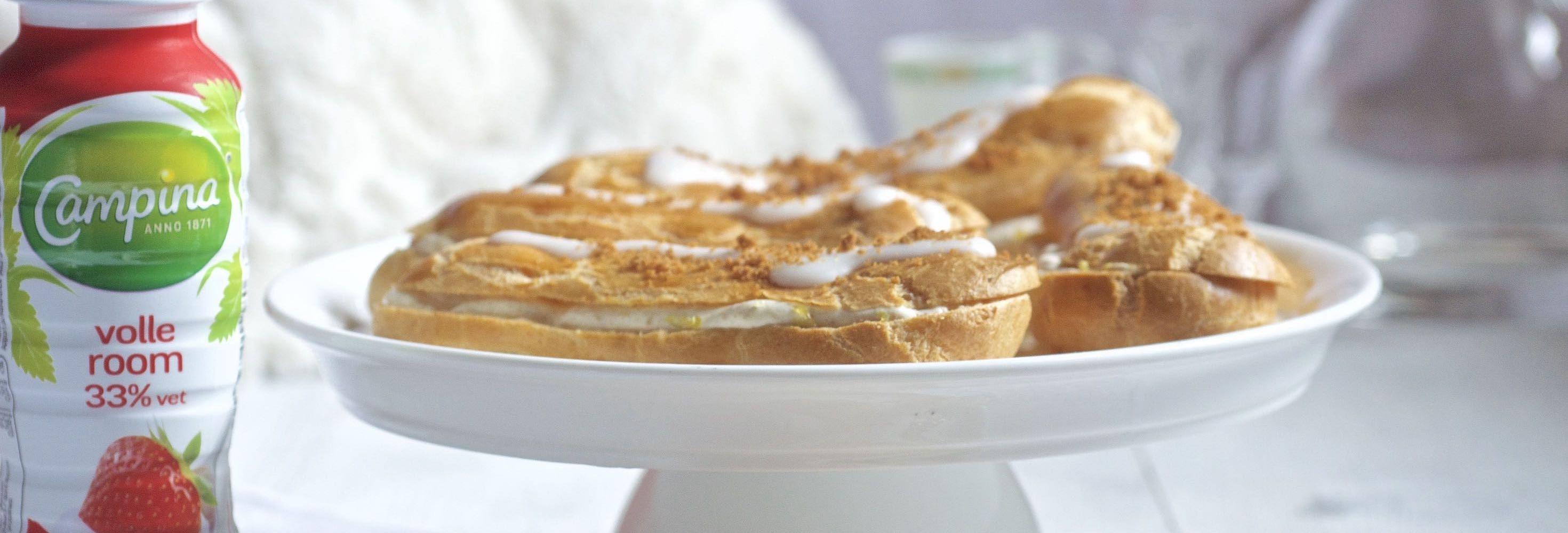 Cheesecake eclair